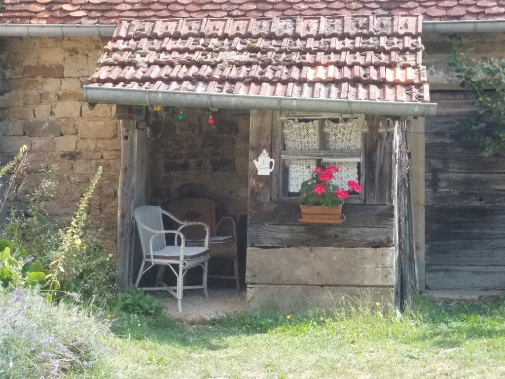 La maison Christal.La petite remise